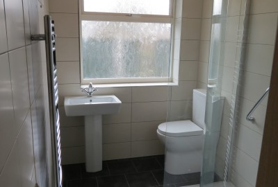 Mr Vinard Fitted Bathroom