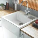 White Belfast sink design