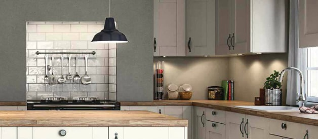 Kitchen with bold task lighting