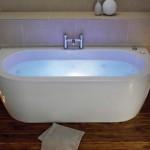 Luxury built in bathtub