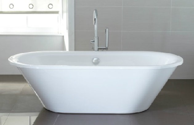 Guide to bathtubs pros and cons bathtub guide knb ltd for Acrylic bathtubs pros and cons