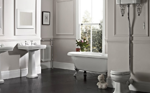 traditional style bathroom suite
