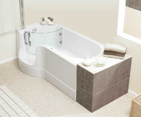 Guide to bathtubs pros and cons bathtub guide knb ltd for Whirlpool baths pros and cons