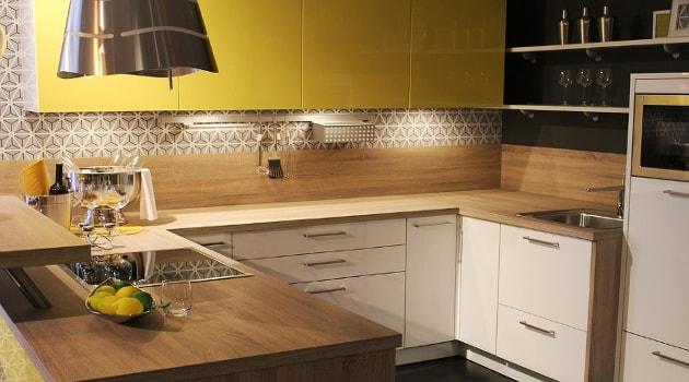 Spacious looking kitchen