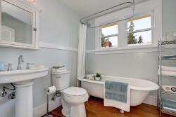 heritage pastel bathroom trend 2017