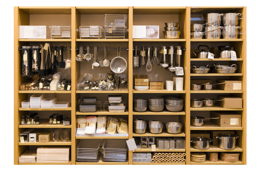 Clever kitchen storage unit with shelving