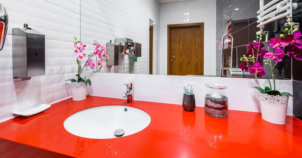 round sinks in small bathrooms